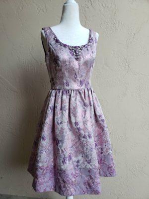 成人式ドレス、卒パドレス、ワンピース、お呼ばれドレス、お呼ばれワンピース